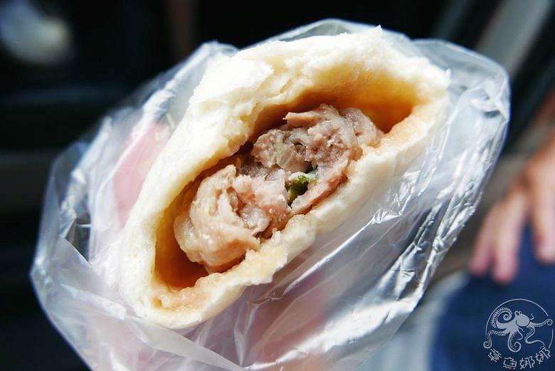 東河包子 纏記舊街東河包子》台東美食小吃兩家肉包介紹與菜單價格,台11線上的肉包店! @章魚娜娜 ∞ 玩味生活