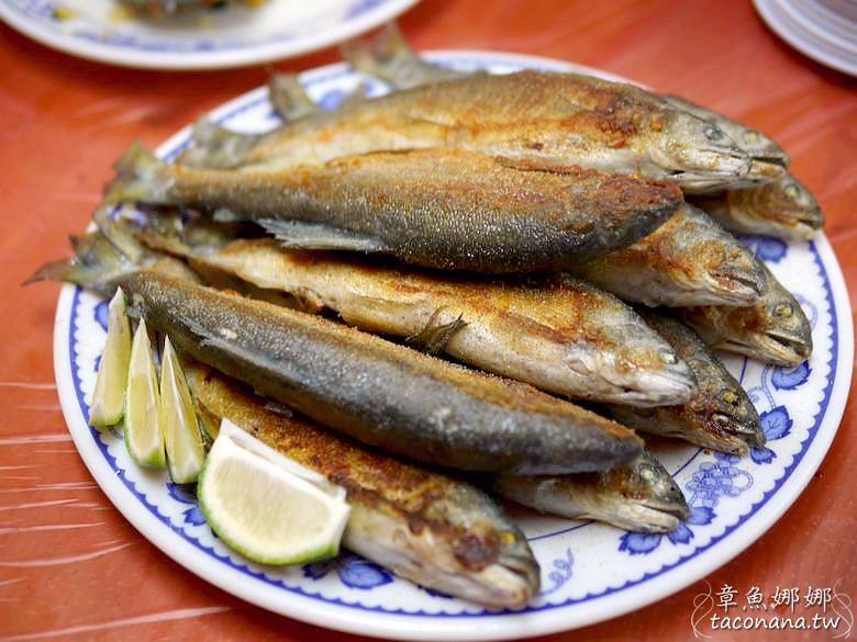宜蘭員山 雙連埤美食》海陸鱒魚大餐,山林中的美食,吃得到新鮮鱒魚、山菜!美味香魚滿滿魚蛋,讓人一吃就上癮。 @章魚娜娜 ∞ 玩味生活